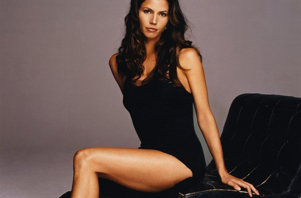 Charisma Carpenter  21