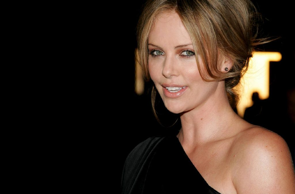 Charlize Theron 349