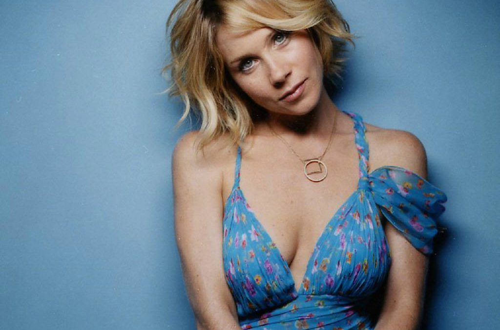 Christina Applegate 83
